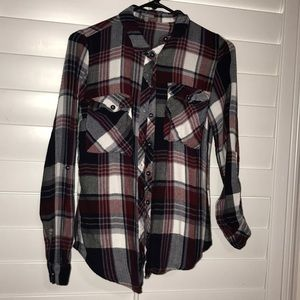 CHARLOTTE RUSSE PLAID FLANNEL